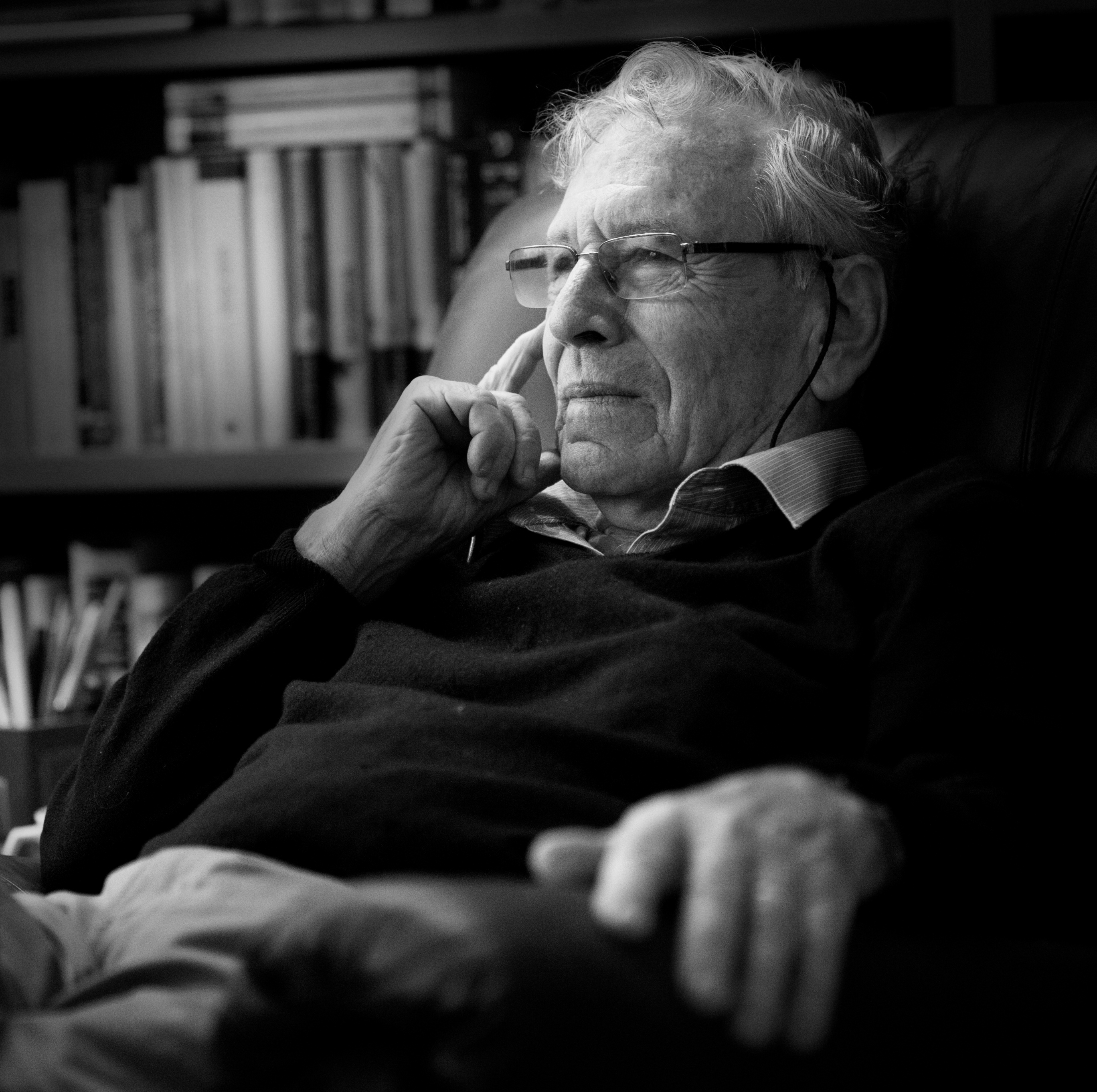 Odlazak velikog pisca: Preminuo je Amos Oz